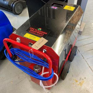 https://csscleaningequipment.co.uk/wp-content/uploads/product/cssum135.jpg